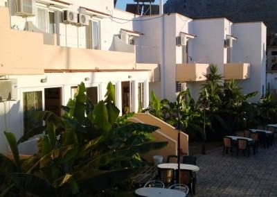 TSAMBIKA SUN HOTEL (8)